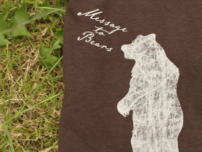 Men's slim-fit tee, standing bear design. (Various colours) main photo
