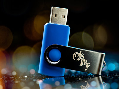 Custom Laser-Engraved USB Key main photo
