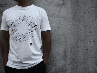 Jenny T-shirt (White) [GMC003] main photo
