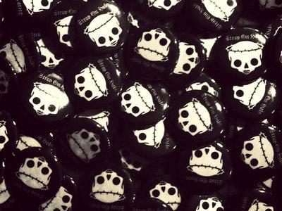 "SOH Skull Logo 1"" button main photo"