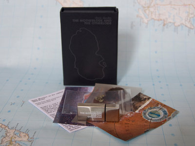 The Motherlode: Ltd Edition boxed Silver 8gb USB Stick main photo