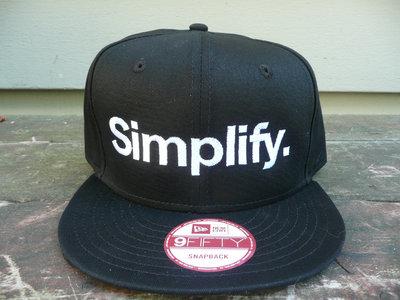 "New Era ""Simplify"" Snapback Hat - Unisex main photo"