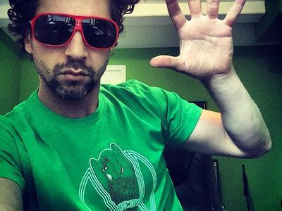 pigWar MAKE LOVE t-shirts main photo