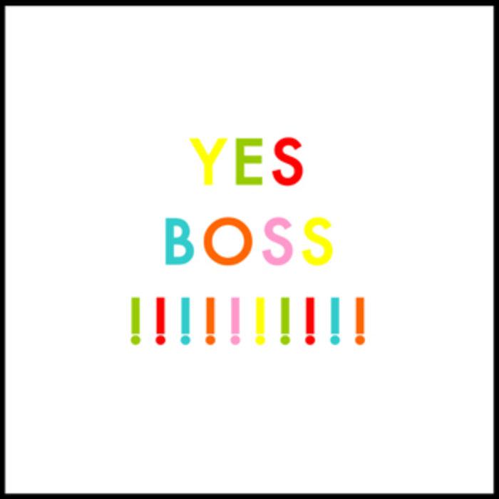 Фотограф с татуировкой yes boss