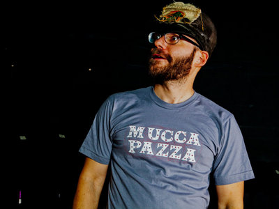 Mucca Pazza Classic T-Shirt (Grey) main photo