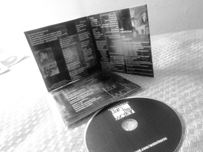 Limited edition slim digipack with free stickers main photo