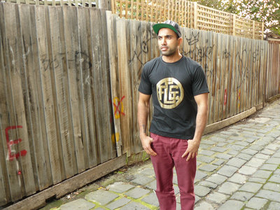 Fat Gold Chain the T-Shirt! main photo