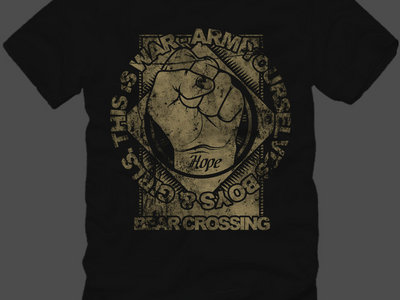 """T-shirt """"Arm yourselves boys & girls, this is war."""" main photo"""