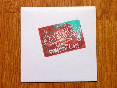 Limited Edition CD & Free Badge main photo