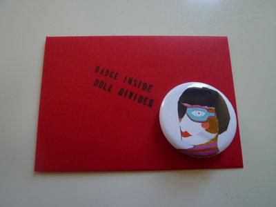 """Doll Divider"", Button Badge main photo"