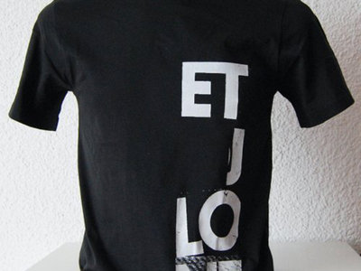 Shirt: Edition Letters main photo