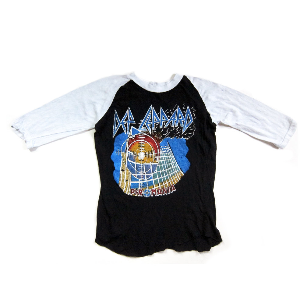 26106e5a DEF LEPPARD (PYROMANIA)- Premium Vintage Baseball Tee (from the 80s, never