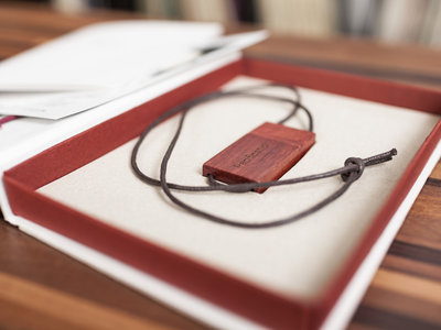 Deluxe Boxed Wooden USB main photo