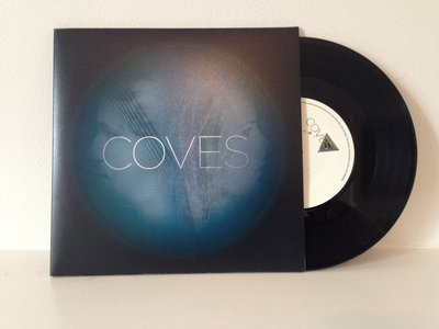 "Coves - Cast A Shadow (Limited-edition 7"" vinyl) main photo"