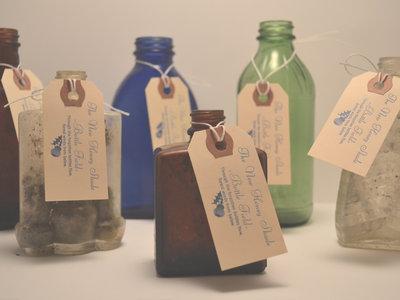 Antique Prohibition Era Bottle w/ 2 Photographs (+DOWNLOAD CODE / BONUS MATERIAL) main photo