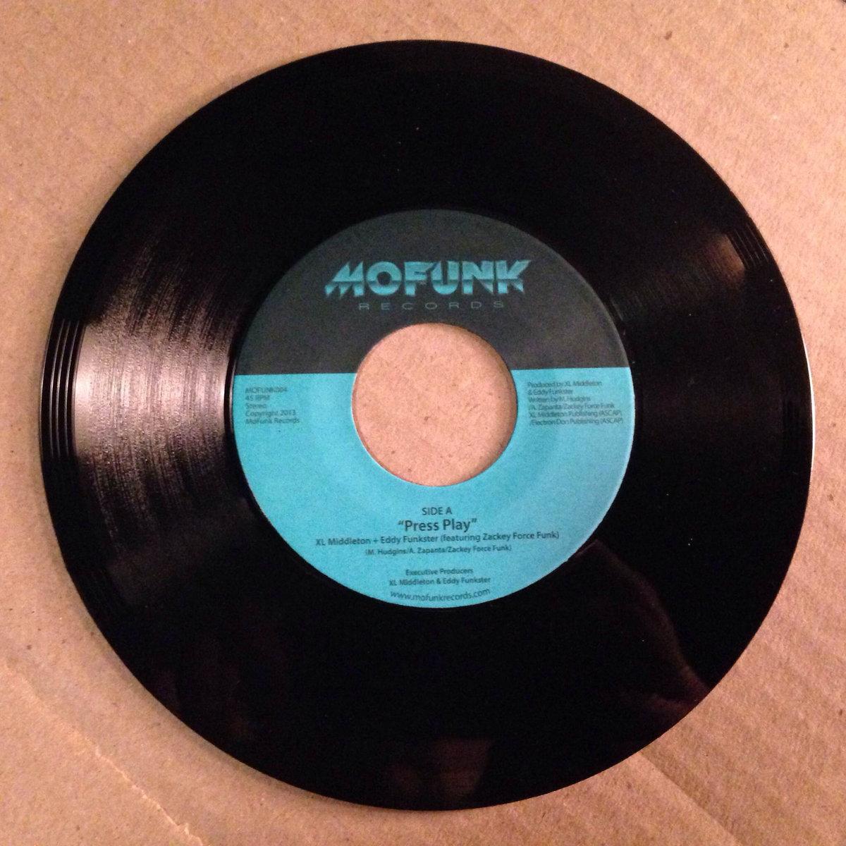 Press Play (feat  Zackey Force Funk) / Super Gorilla