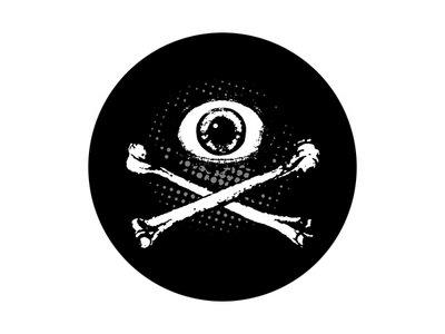 'Eye & Crossbones' sticker main photo