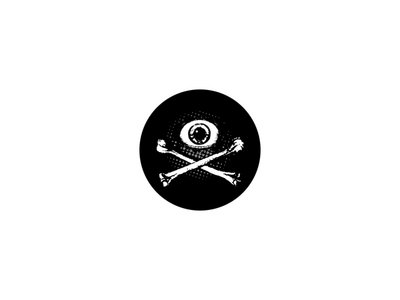 'Eye & Crossbones' button main photo
