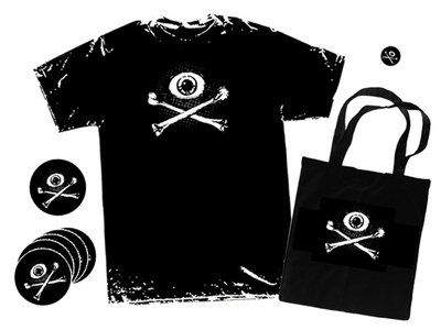 'Eye & Crossbones' package main photo