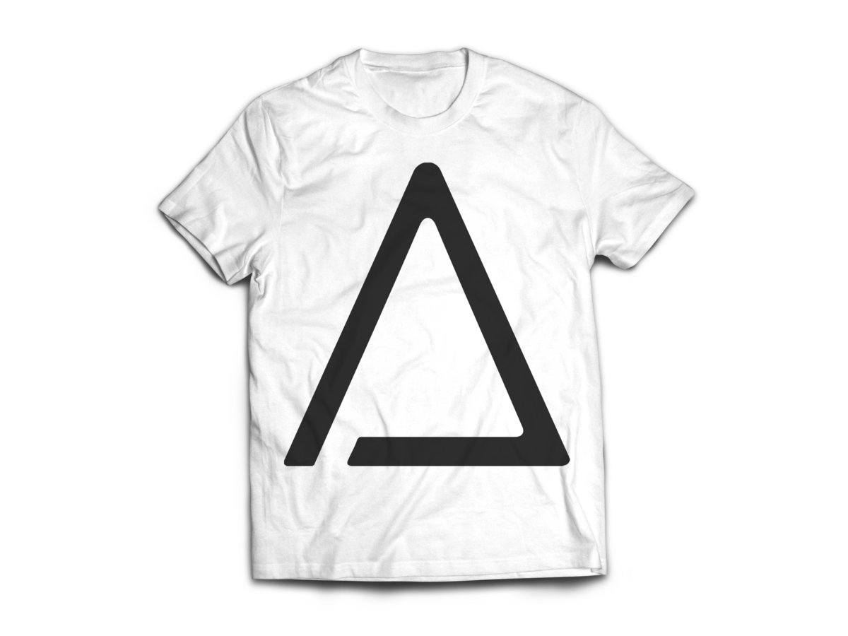White t shirt effect - Sex Triangle White T Shirt Main Photo