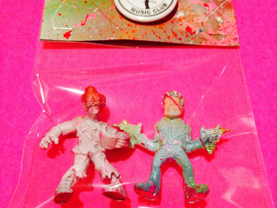 Mini Monsters of the Neighborhood ACTION FIGURE #47 - Col. Chicken Buckets & Les main photo