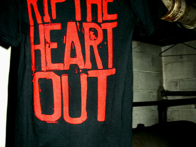 'Rip The Heart Out' T-Shirt main photo