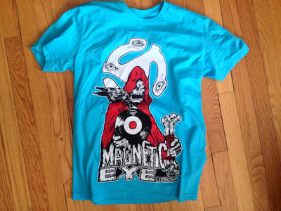 """Magnetic Eye of the Beholder"" T-shirt  Turquoise main photo"