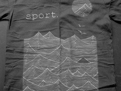 'Waves' black main photo