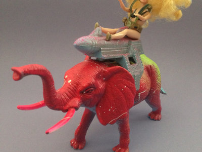 Monsters of the Neighborhood ACTION FIGURE #76 - Bazooka Barbie & Jumbo The Destroyer main photo