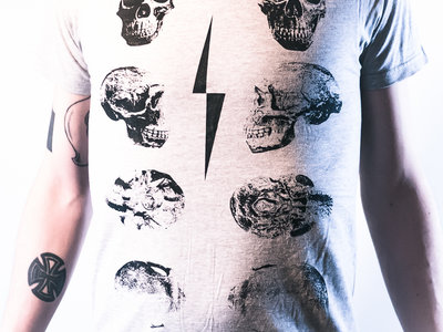 f/p Skulls shirt (Grey) main photo