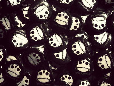 "SOH Skull Logo 1"" button main photo"