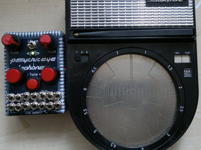 Circuit bent stylophone beatbox by Psychiceyeclix main photo
