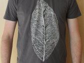 Decayed Leaf T-Shirt - anthracite photo