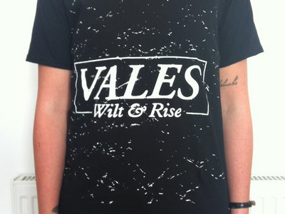Wilt And Rise T- Shirt Black main photo