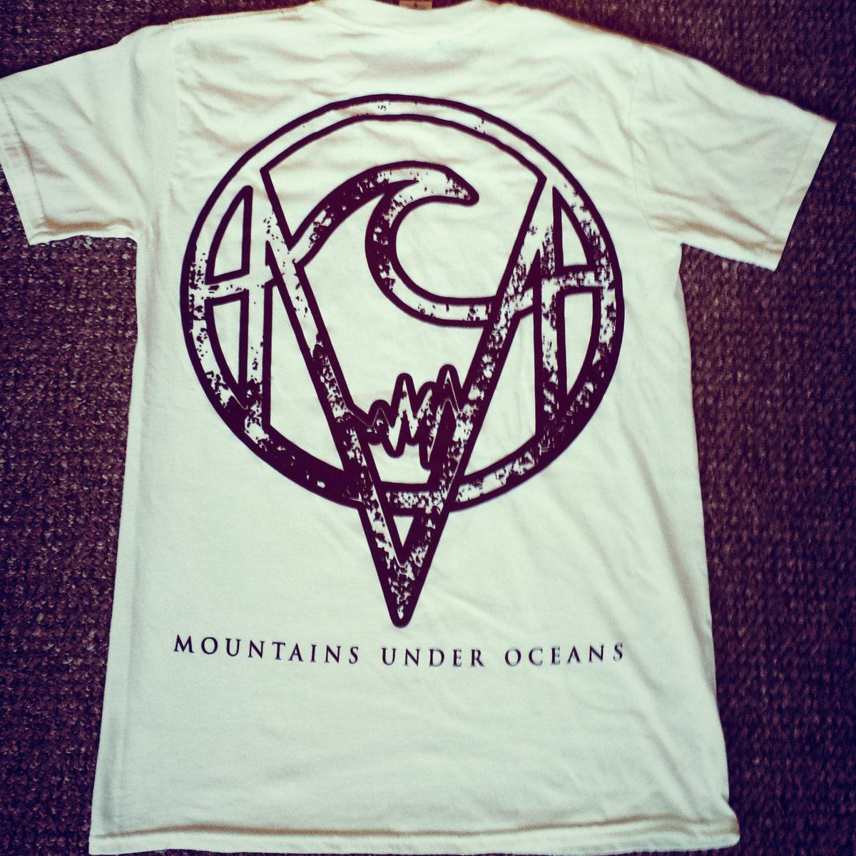 Design t shirt back - White Mountains Under Oceans T Shirt Black Ink Pocket And Full Back Design