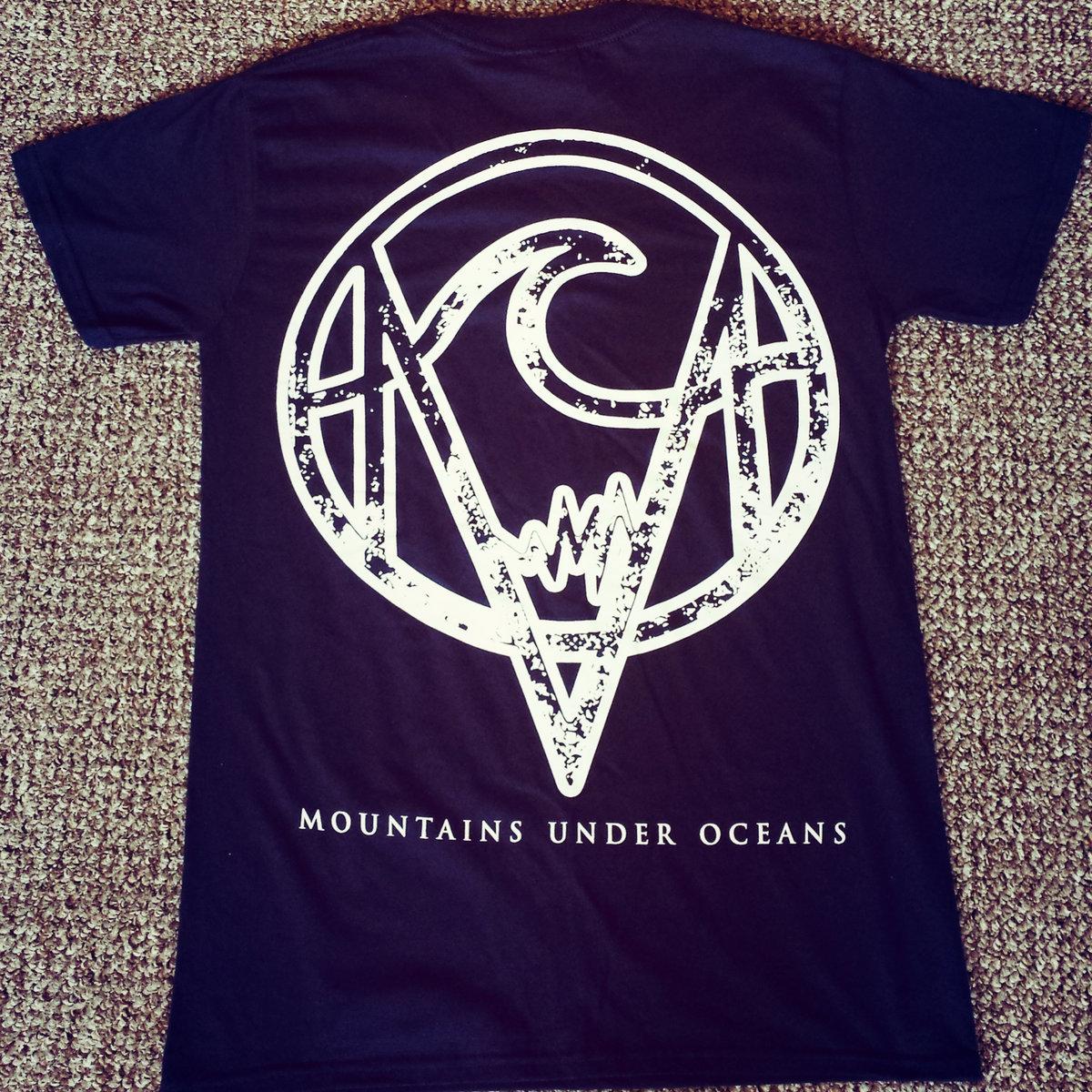 Design t shirt back - Navy Mountains Under Oceans T Shirt White Ink Pocket And Full Back Design