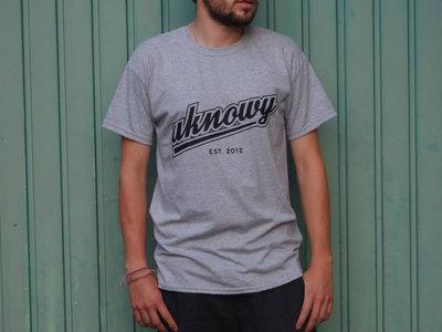 UKY retro grey T main photo