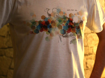 """T-Shirt """"White Noise"""" main photo"""