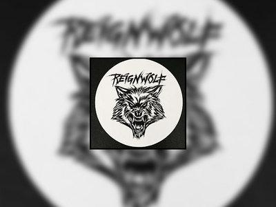 "White 4"" Circular Wolf Head Sticker main photo"
