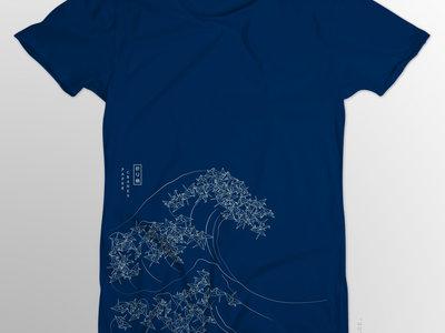 Wave design Cranes T-Shirt main photo