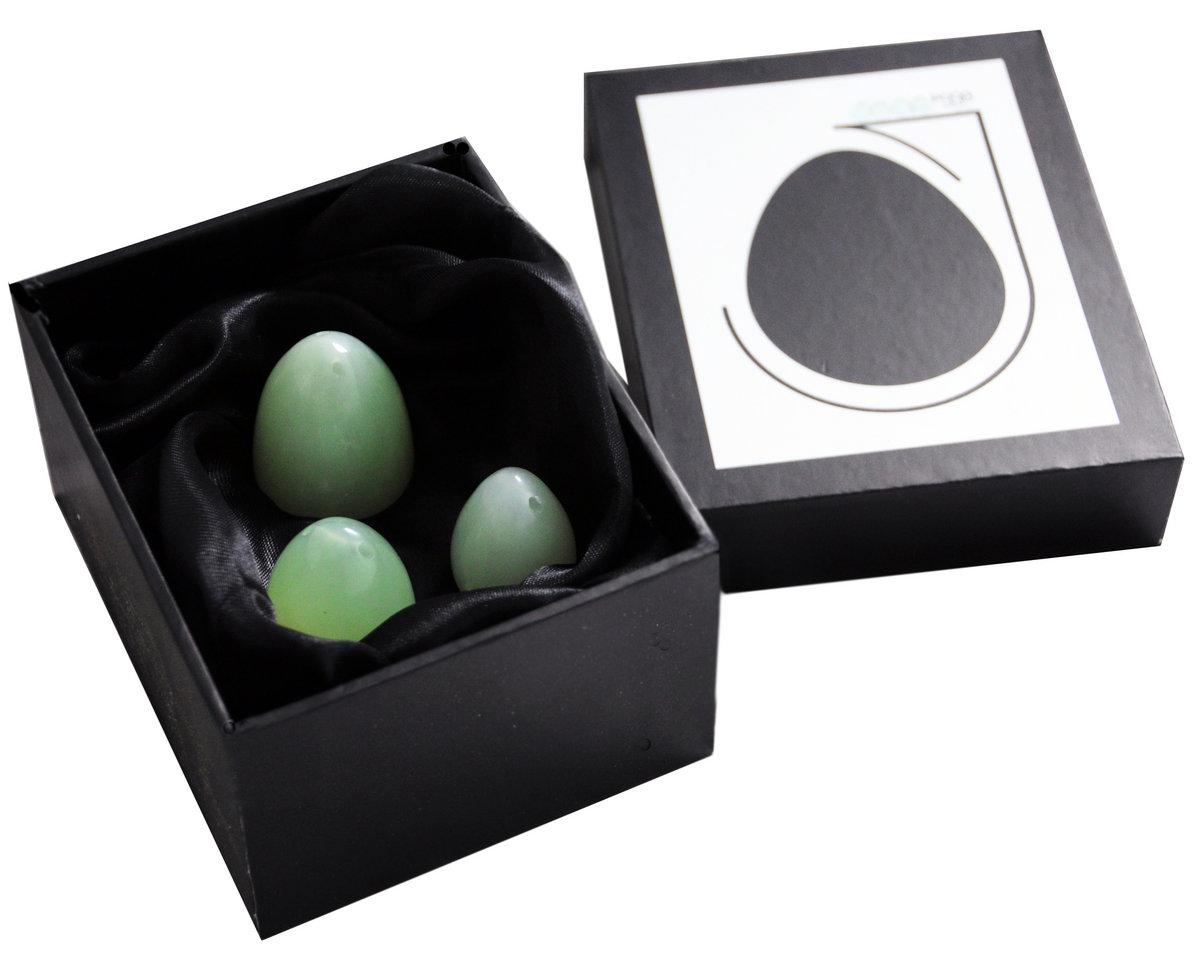 Jade Eggs In Presentation Box Jade Eggs Global Yoni Eggs