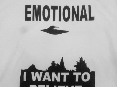 I WANT TO BELIEVE TEE main photo
