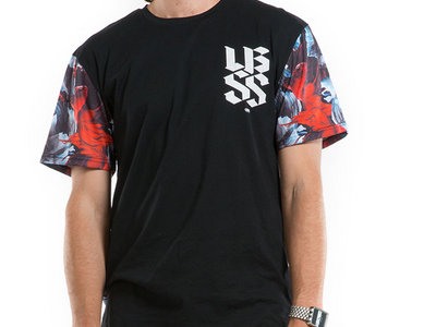 Unisex |  Shapeshifter x Upbeats x Ilabb RED FISH Tee main photo