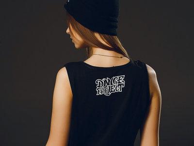 Sleeveless T-shirt main photo