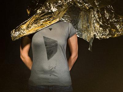 "T-shirt ""Mirror/Monolith"" main photo"