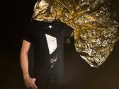 "T-shirt ""Mirror/Monolith"" photo"
