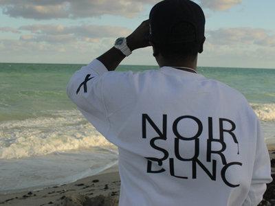 ✖ Privé Apparel ✖ #NoirSurBlnc LS crew main photo