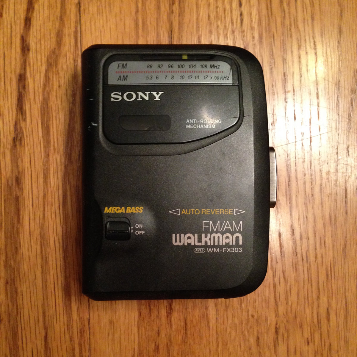 SONY Walkman Cassette Player! | IV the Polymath