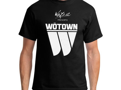 "Camiseta ""Wöyza presenta Wötown"" main photo"