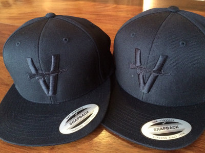 "Monochrome Snapback ""Puff the Magic Vandals Hat"" main photo"